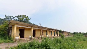 Quang cảnh khu trại phong Đá Bạc bị bỏ hoang, nằm ẩn mình dưới núi Chân Chim thuộc huyện Sóc Sơn, Hà Nội.
