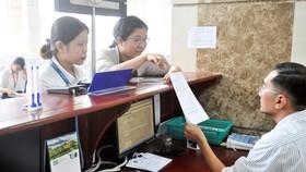 Doanh nghiệp nộp hồ sơ tại Cục thuế TPHCM
