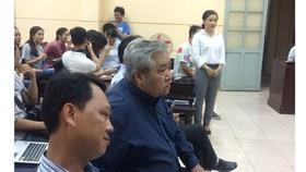 Phiên xử sơ thẩm vụ kiện giữa diễn viên Phạm Thị Ngọc Trinh đối với Nhà hát kịch TPHCM
