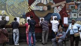 Venezuela cấm nhiều đảng đối lập tham gia bầu tổng thống