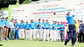 Giải golf gây quỹ học bổng thu hút nhiều doanh nghiệp tham gia. Ảnh: PHAN NAM