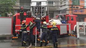 Quận 1: Diễn tập xử lý cháy nổ, tìm kiếm cứu nạn