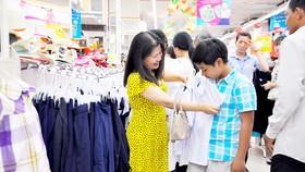 Sản phẩm trước khi đưa vào hệ thống siêu thị Co.opmart luôn được kiểm duyệt chặt chẽ về chất lượng