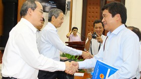Lãnh đạo TPHCM lắng nghe các doanh nghiệp hạ tầng đô thị trình bày ý kiến
