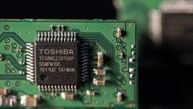 Apple được cho đang đàm phán với Bain Capital  để mua lại mảng chip nhớ của Toshiba.