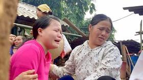 Nỗi đau của người thân nạn nhân mất tích và thiệt mạng  vì sạt lở tại bản Khanh ngày 12-10