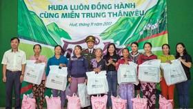 Carlsberg Việt Nam giúp đồng bào vũng bão lũ tỉnh Thừa Thiên - Huế
