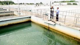 Hồ chứa nước thô Nhà máy nước Tân Hiệp. Ảnh: CAO THĂNG