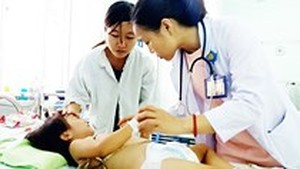 Hand-foot-mouth cases decrease in HCMC