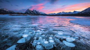 亞伯拉罕湖的景色總會讓人們感受到不同於別處奇觀。
