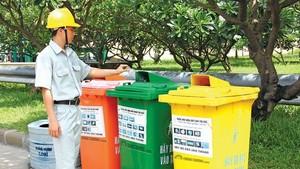 不分類垃圾及轉交與規定不符廢棄物的家庭戶與廢棄物源排放主體,經多次提示後,收集單位將向地方政府通知以依法懲處。(示意圖源:互聯網)
