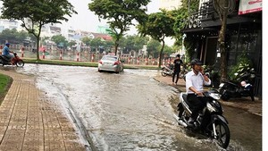 High tides appear in Can Tho City -Photo: SGGP