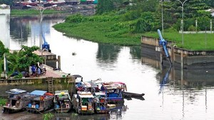 1,000 households to be moved out of Xuyen Tam canal project