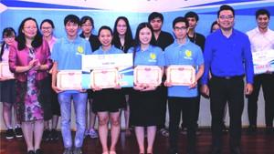 中文系學生獲創業比賽一等獎