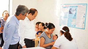 Vietnam adds one more five-in-one vaccine into expanded immunization program
