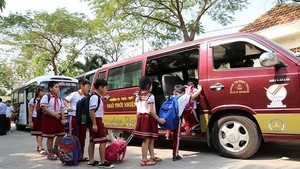 Ministry orders to tighten student pick-up service