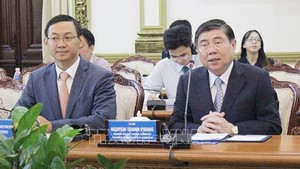 Chairman of the Ho Chi Minh City People's Committtee Nguyen Thanh Phong at the working