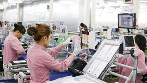 韓國三星集團的手機零部件生產線。