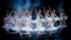 Tchaikovsky's masterpiece Swan Lake to be presented in Hanoi