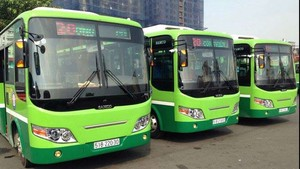 HCMC runs 1,000 more buses for National Day