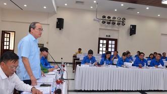 Bí thư Thành ủy TPHCM Nguyễn Thiện Nhân phát biểu trong buổi làm việc với Ban Thường vụ Thành đoàn TPHCM. Ảnh: VIỆT DŨNG