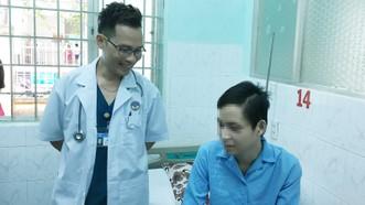 Chuyển máy lọc máu hơn 600km xuyên đêm cấp cứu bệnh nhân bị nhiễm não mô cầu nặng