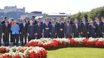 歐盟28國領導人在舉行非正式峰會之前一同合影。(圖源:互聯網)