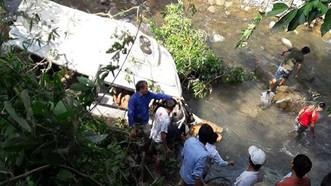 Hiện trường vụ tai nạn thảm khốc làm 13 người chết ở Lai Châu