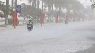 Không khí lạnh tăng cường tiếp tục gây mưa to ở khu vực Nam Trung bộ