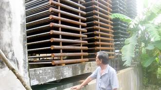 Ông Bùi Thiện Dân bị hàng xóm là ông Nguyễn Hồng Nhẫn ngang nhiên chiếm dụng khoảng 230m2 mặt tiền