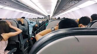 Thấy gì khi máy bay hạ cánh khẩn cấp?