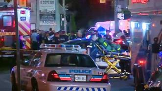 Cảnh sát phong tỏa hiện trường vụ nổ súng ở quận Greektown, TP Toronto, Canada, ngày 22-7-2018. REUTERS