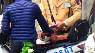 Hà Nội: 14 cảnh sát giao thông bị kỷ luật