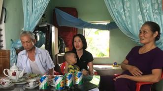 """Lãnh đạo tỉnh cùng các hội đoàn thể đã có những chỉ đạo để địa phương bảo vệ gia đình ông Dịch bà Hà trước lời đồn vô căn cứ về """"ma thuốc độc"""""""