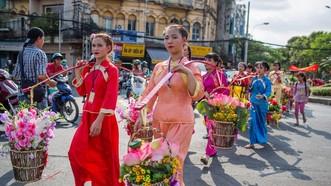 元宵節活動具有華人傳統特色。