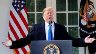 美國總統特朗普在白宮玫瑰園發表講話。(圖源:路透社)