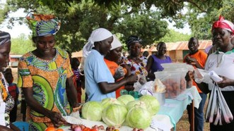 高昂的食品價格和惡性通貨膨脹導致南蘇丹的饑餓情況加劇。(圖源:WFP)