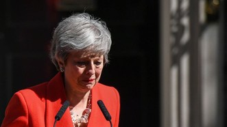 Thủ tướng Anh công bố lộ trình từ chức