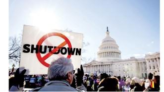 """Mỹ """"thiệt đơn thiệt kép"""" vì chính phủ đóng cửa một phần"""