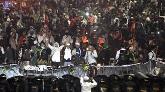 Bạo loạn chưa được vãn hồi ở Indonesia
