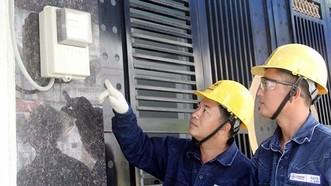 Thu sai tiền điện phải thoái hoàn cho khách hàng