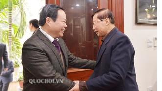 Phó Chủ tịch Quốc hội Phùng Quốc Hiển chúc tết các đồng chí nguyên lãnh đạo Đảng, Nhà nước, Quốc hội