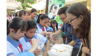 Trường học ở TPHCM nói 'không' với túi ni lông và sản phẩm nhựa dùng một lần