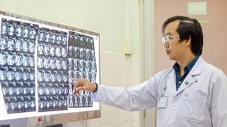 Chuyện hy hữu: Cứu được bệnh nhân bị xương cá đâm thủng ruột thừa