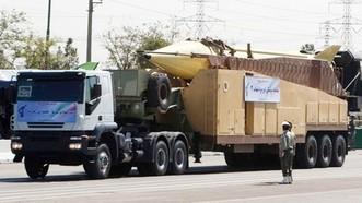 Tên lửa Iran  Shahab 3 trong lễ duyệt binh ngày 22-9