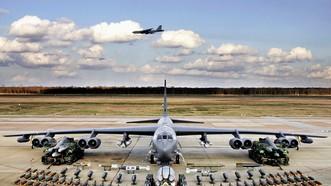 Máy bay B-52, một trong những vũ khí chiến lược Mỹ có thể triển khai thường xuyên đến Hàn Quốc