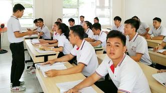 Lao động trẻ học tiếng Nhật tại Trung tâm Đào tạo Khu công nghệ cao TPHCM