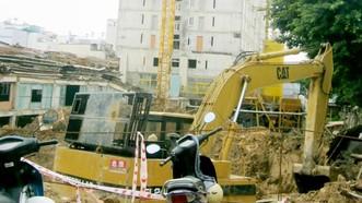 Dự án Tân Bình Apartment đang bị ngưng thi công chờ xử lý sai phạm (ảnh chụp sáng 16-5)