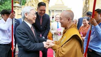 Tổng Bí thư Nguyễn Phú Trọng thăm Đại Tăng thống Bukri