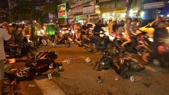 Nhiều xe máy nằm la liệt tại hiện trường